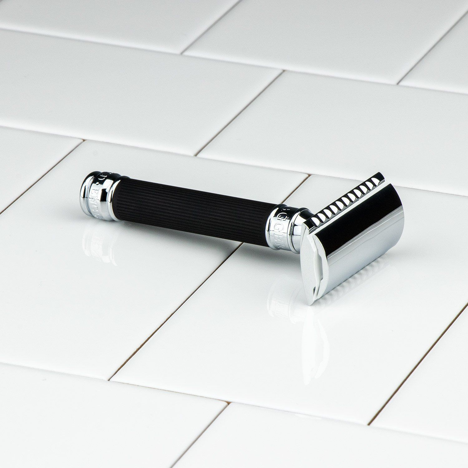 Edwin Jagger Double Edge Rubber Handle Safety Razor