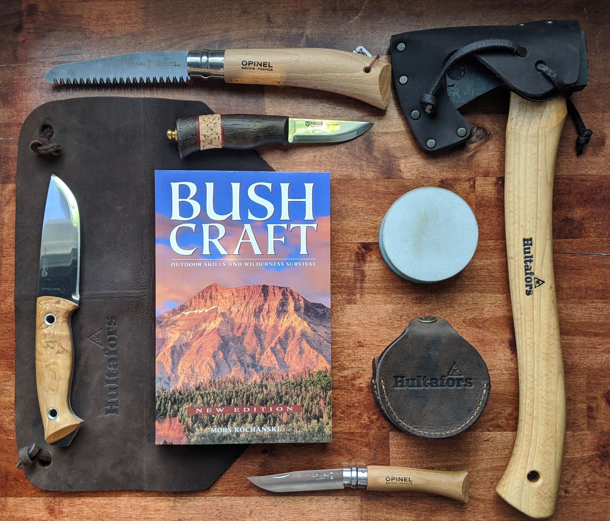 Bushcraft - Outdoor Skills and Wilderness Survival by Mors Kochanski