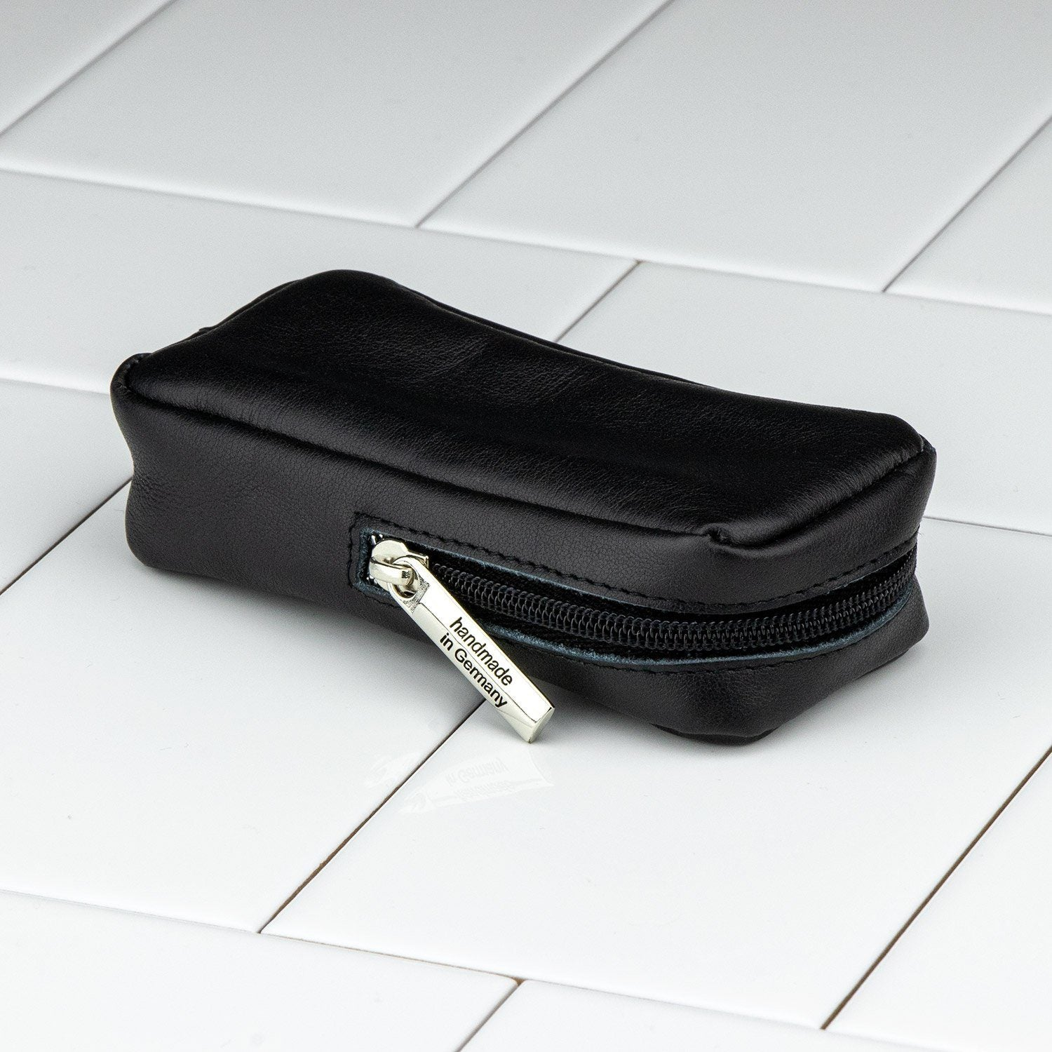 Dovo Zippered Leather Case For Safety Razors