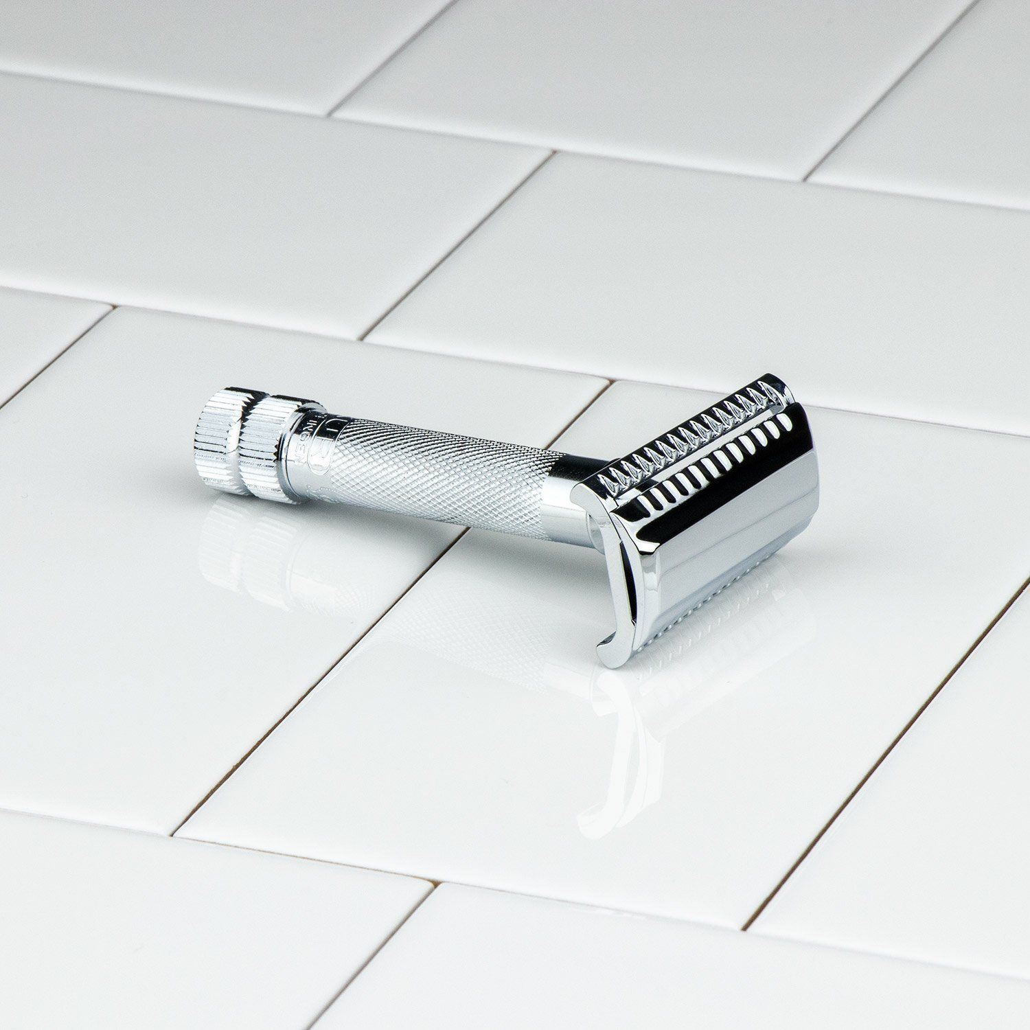 Merkur Double Edge Safety Razor, Slant Cut, Extra Thick Handle, Chrome 37C