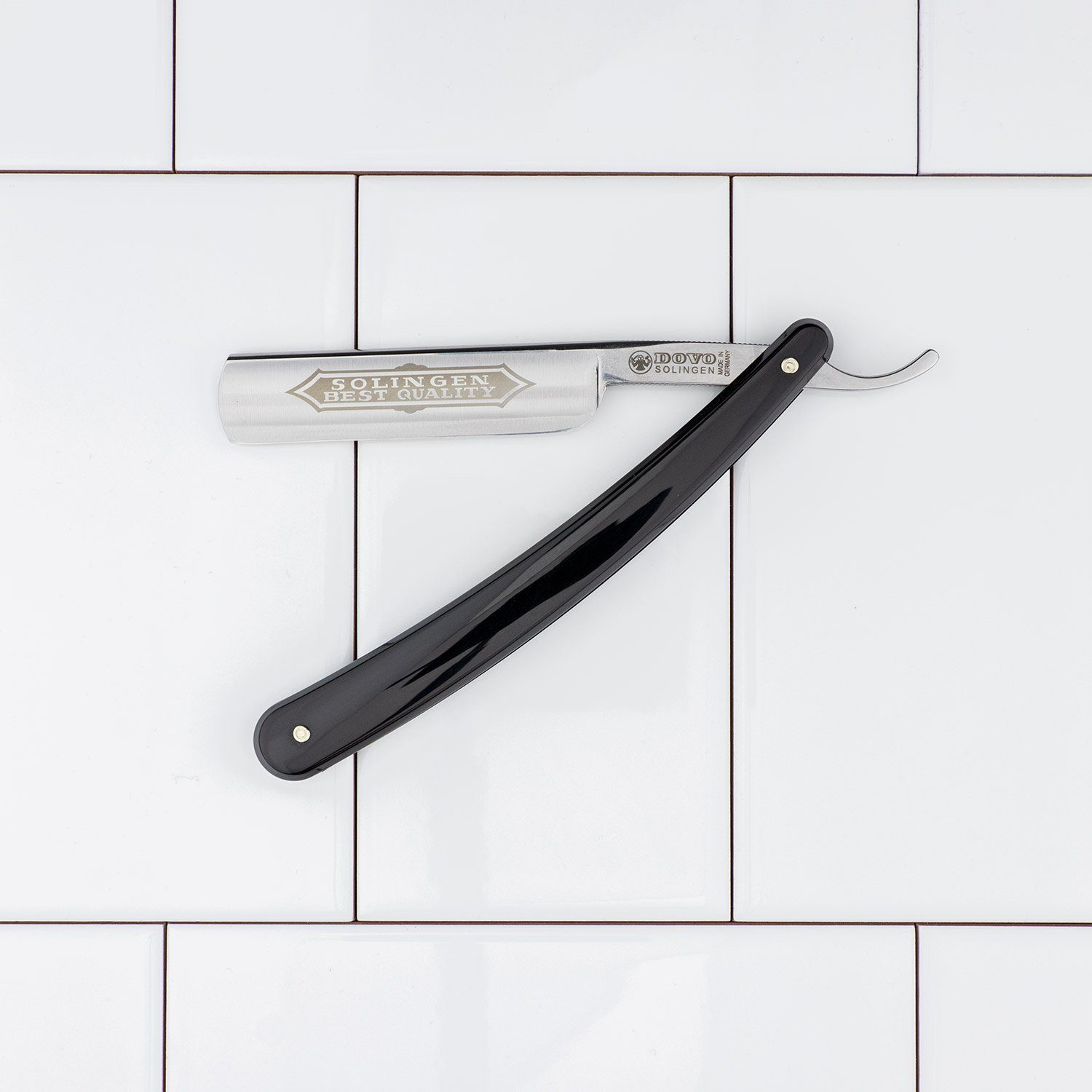 Dovo Classic Straight Razor, Black Handle, 5/8""