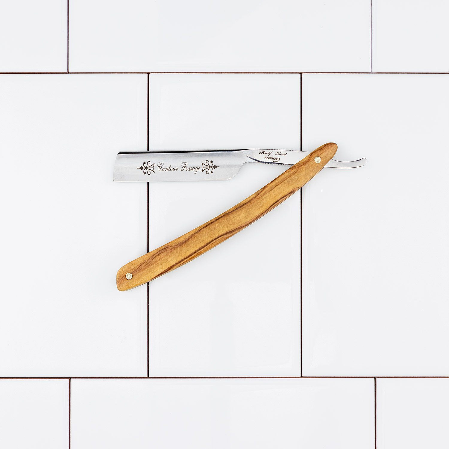 "Ralf Aust French Point 4/8"" Detailer Straight Razor"