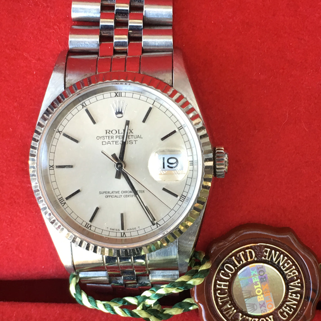 Rolex Datejust 36mm Steel Silver Dial White Gold Fluted Bezel Jubilee Band 16234
