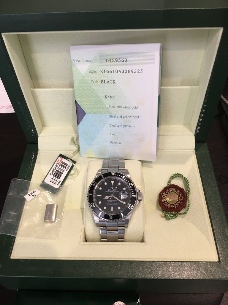 Rolex Submariner 16610 40mm Stainless Steel Box Papers No Holes