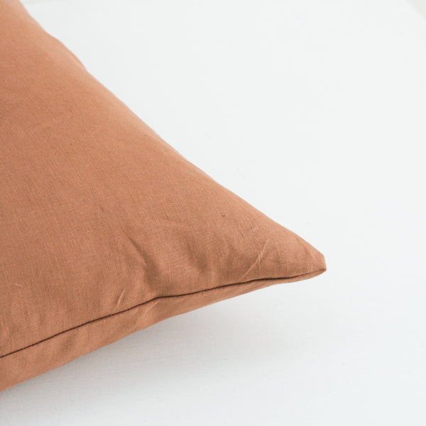 A&C Signature Linen Cushion - Cinnamon