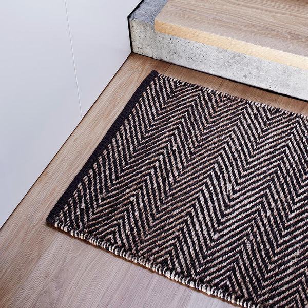 Serengeti Weave Entrance Mat - Black & Natural