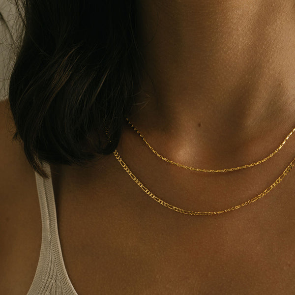 Mini Abuelo Necklace - Gold