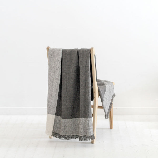 Chester Linen Throw - Pepper