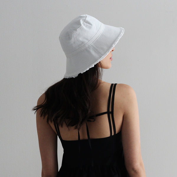 Cotton Frayed Hem Bucket Hat - White