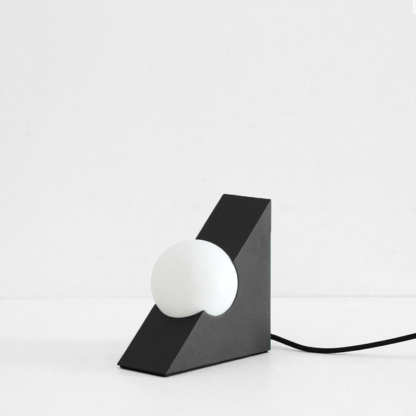 Form Light - Triangle, Black