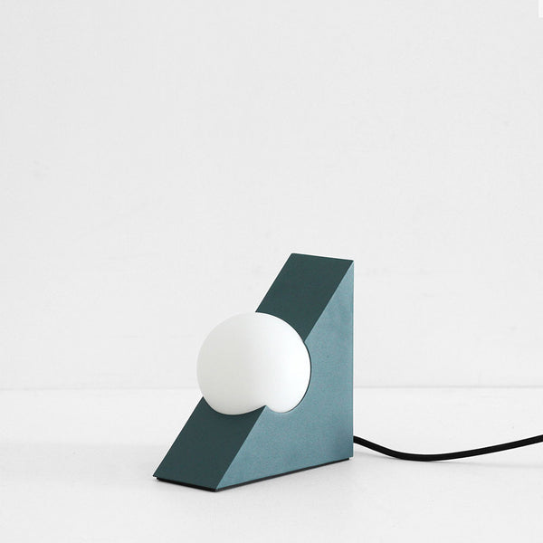 Form Light - Triangle, Green