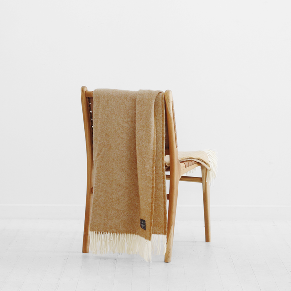 Hahei Lambswool Throw - Caramel