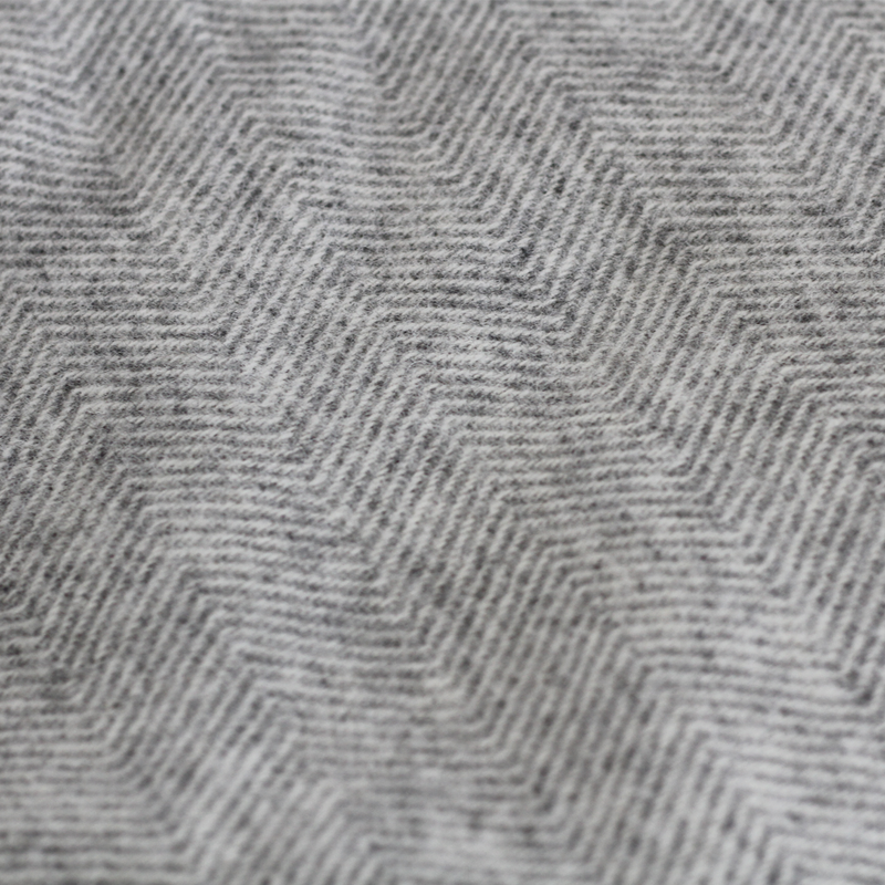 Hahei Lambswool Throw - Fog