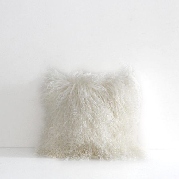 Meru Cushion Natural White