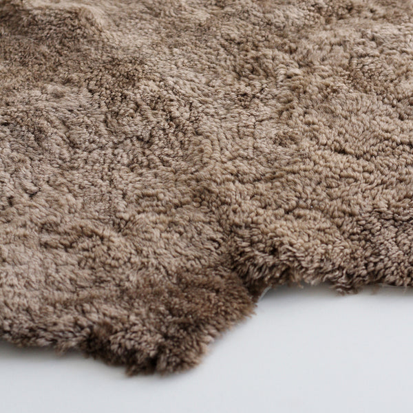 New Zealand Short Curly Wool Sheepskin Rug - Taupe