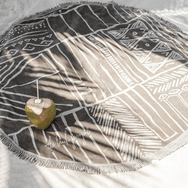 Nomad Roundie Beach Towel - Dusty Green / Sand