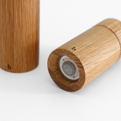 Oak Salt & Pepper Grinder