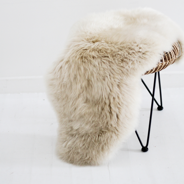 New Zealand Long Wool Sheepskin Rug - Linen