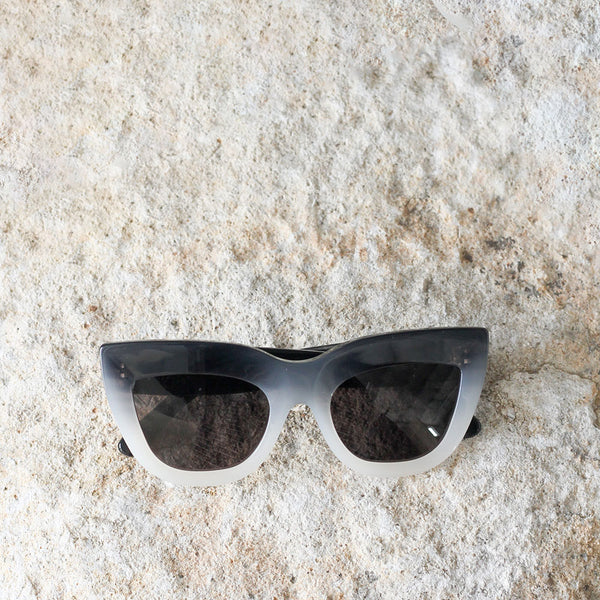 Marmont Sunglasses - Black / White fade