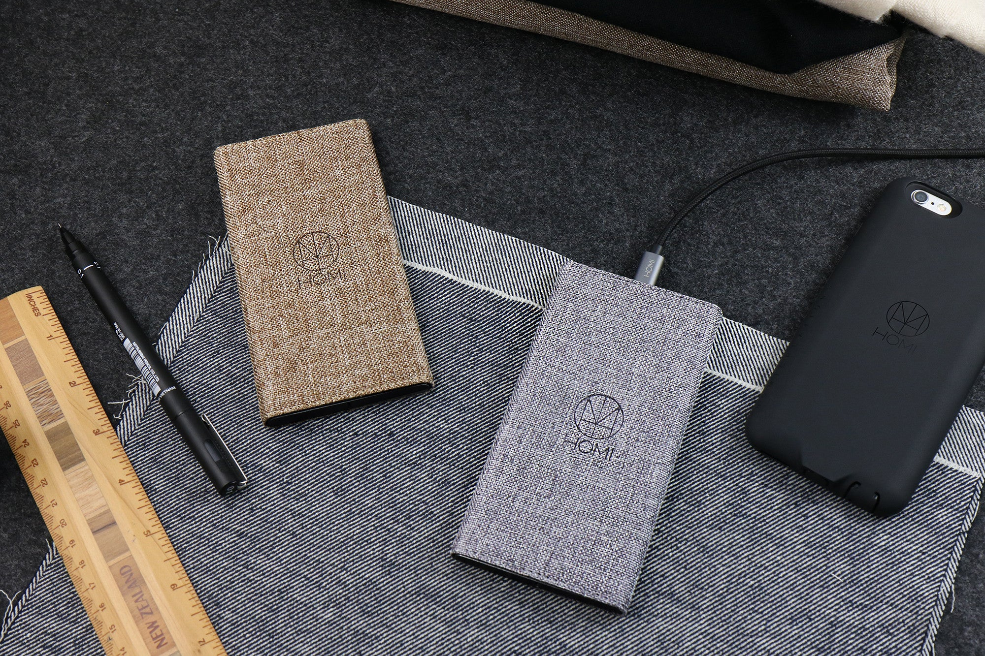 HOMI - FabricDock ( qi wireless charger ) - Style and Function