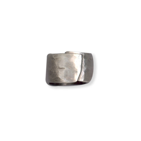 TEXTURED SCULPTED SILVER WRAP RING