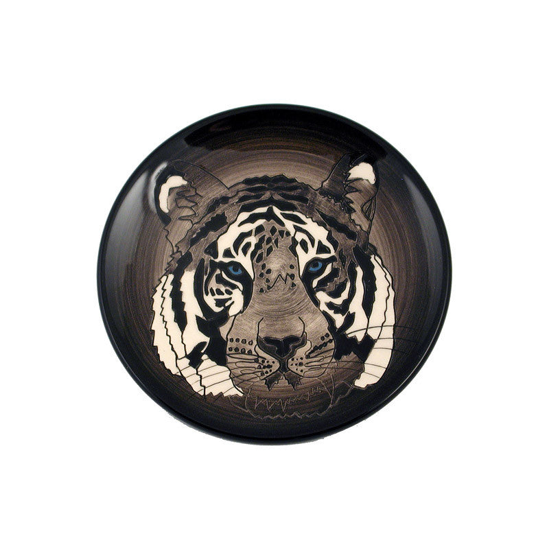 Dennis Chinaworks Tiger on Black Roundel 6
