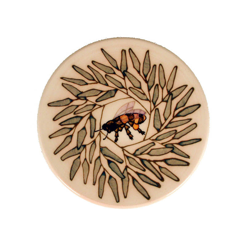 "Dennis Chinaworks Willow and Bee Dec 2004 Roundel 6"" - uk-art-pottery-test-site"