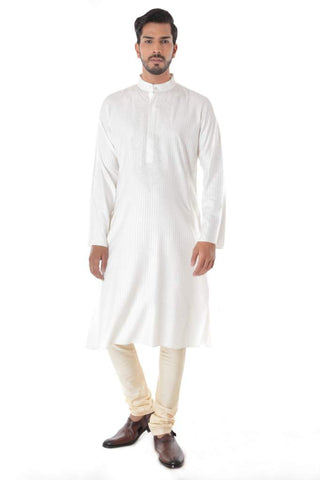 Offwhite Blend Jacquard Kurta with Front Embroidery & Churidar