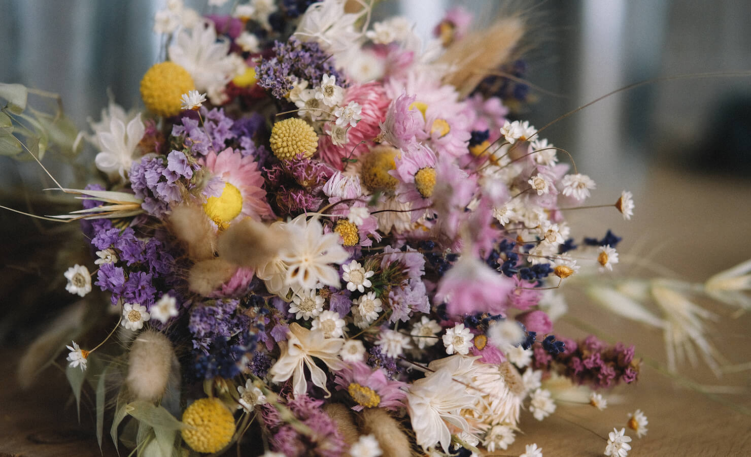 diy-dried-flower-bouquet-feature