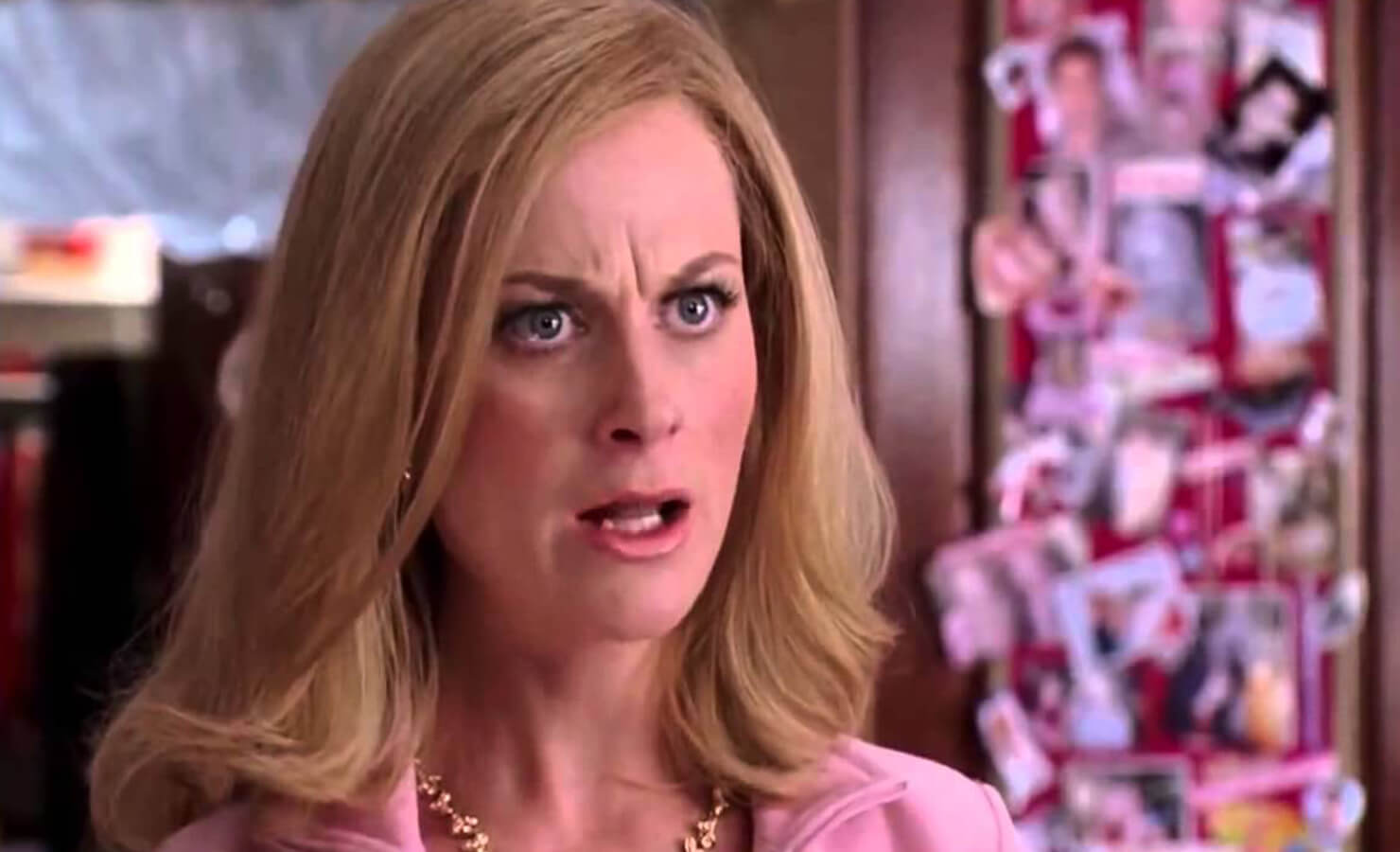 05-5-most-iconic-on-screen-moms-regina-george-cool-mom