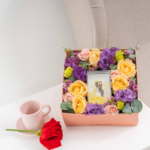 Adore Buena Photo & Flower Box