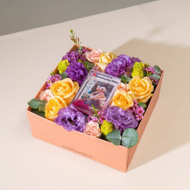 Buena Photo & Flower Box