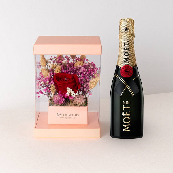 Moet & Chandon Champagne & Eternity Scarlet Set