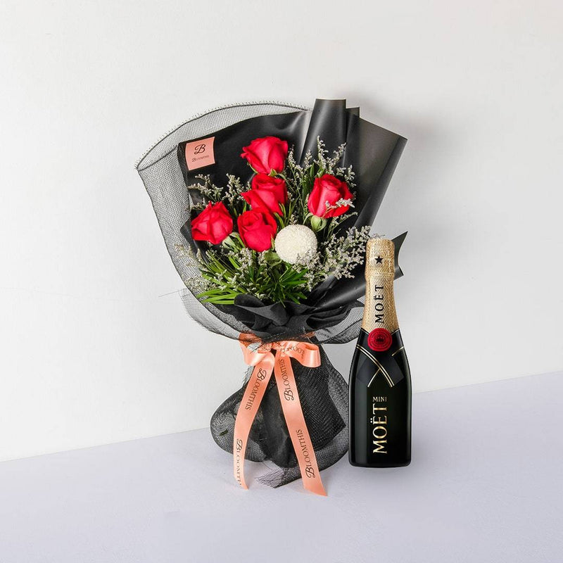 Moet & Chandon Champagne & Evelyn Black Set