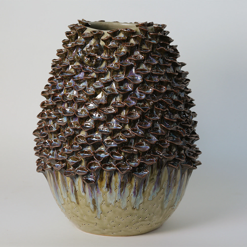 Vase of shell's