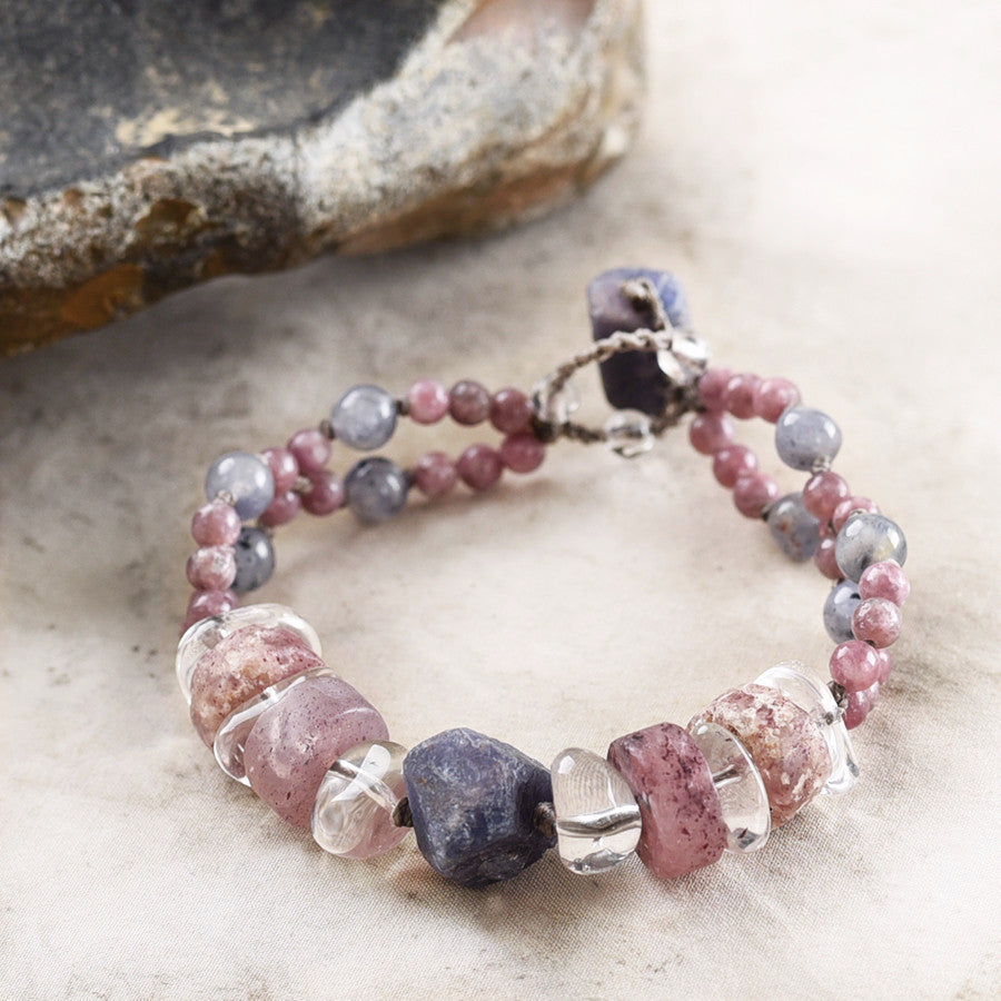 Crystal healing bracelet with Sapphire, Lodolite, Lepidolite, Iolite & clear Quartz ~ for up to 6.25