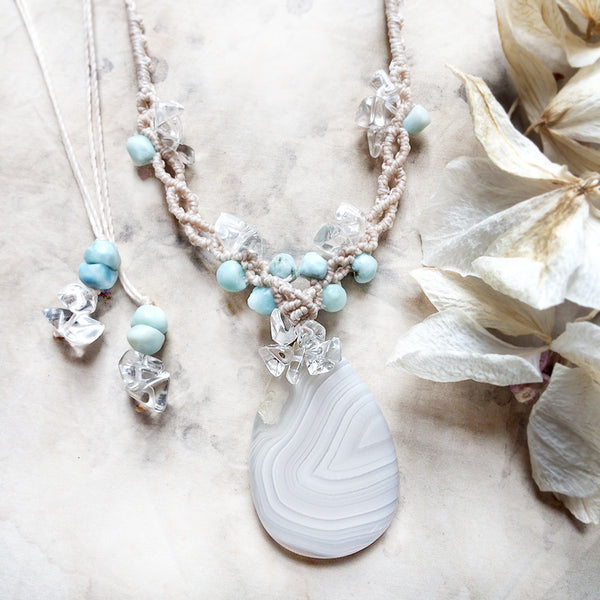 Agate crystal healing amulet with Larimar & Quartz