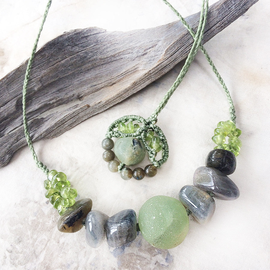 Energy flow necklace with Prehnite, Labradorite & Peridot