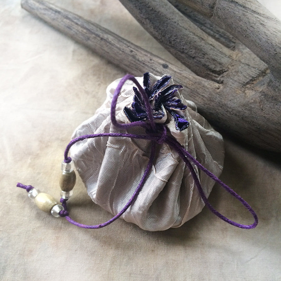 PURPLE lined decorative draw-string fabric pouch ~ perfect for tiny treasures