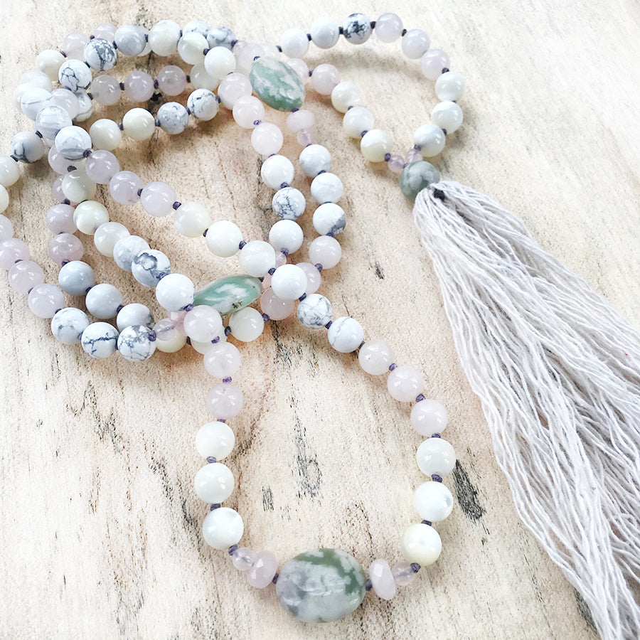 Full meditation mala with Rose Quartz, Peace Jade, Mother of Pearl & Peace Jade