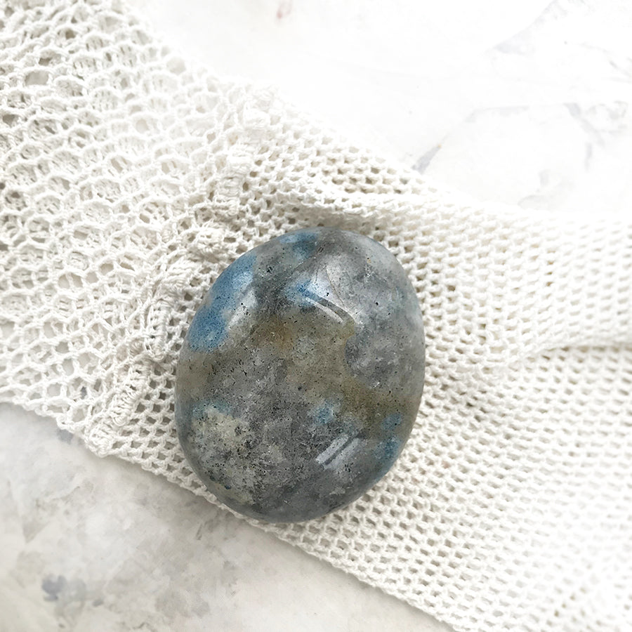 K2 Stone ~ polished oval palm stone