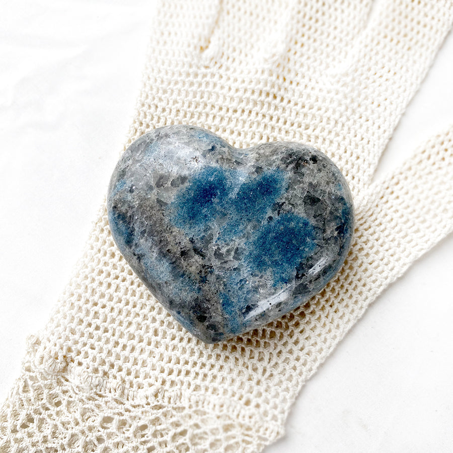 K2 Stone polished heart