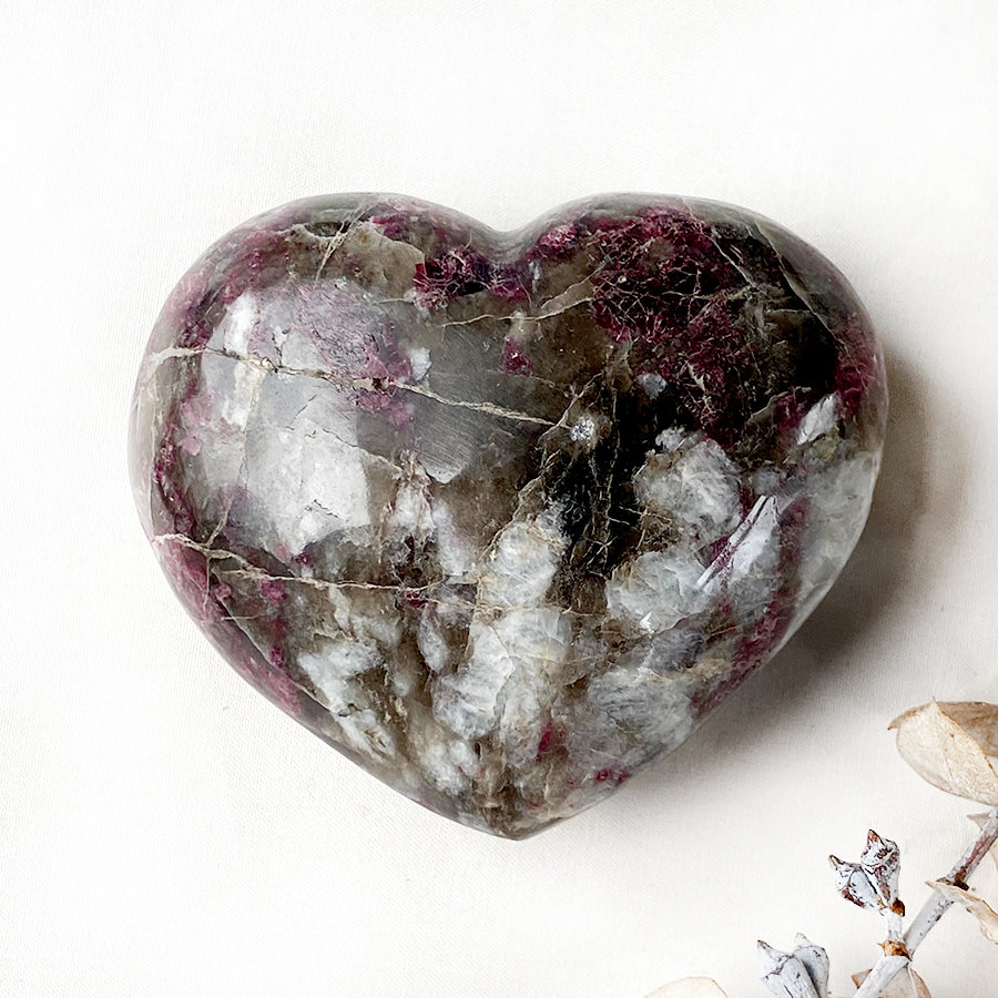 Rubellite polished heart