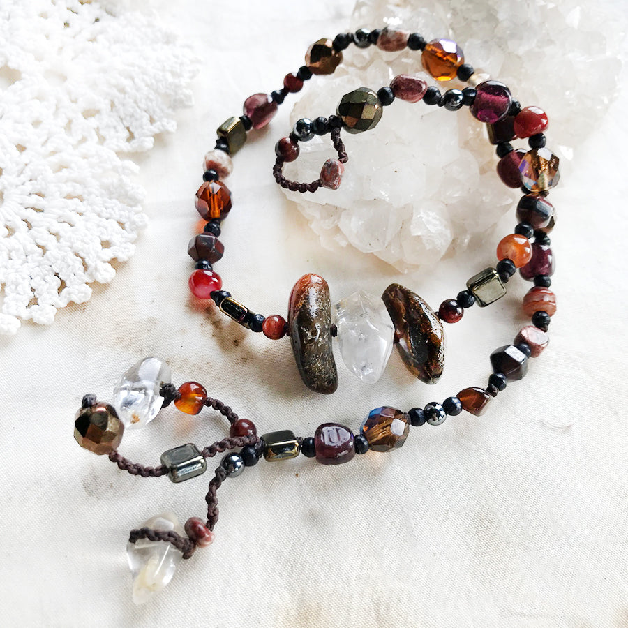 Crystal healing bracelet with Amber & Quartz