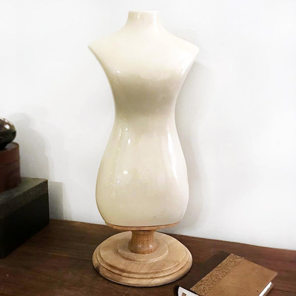 Ceramic tabletop mannequin with wooden base