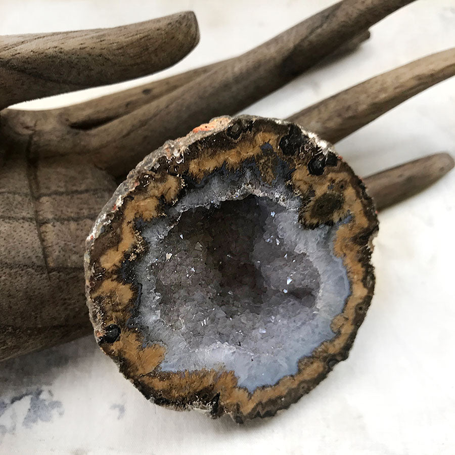 Rough Agate geode