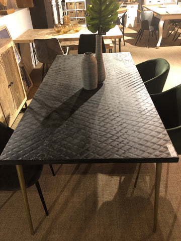 Cross planning dining table