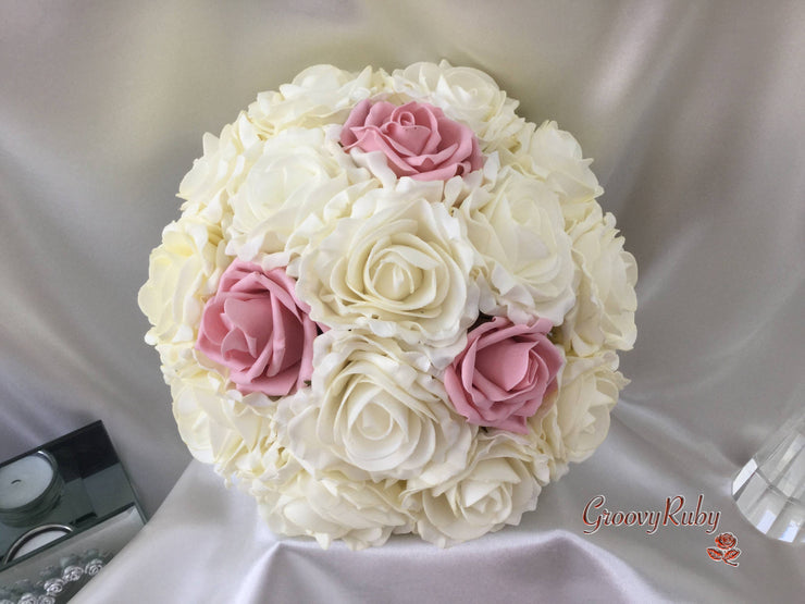 Classic Cottage Rose With Dusky Pink Roses