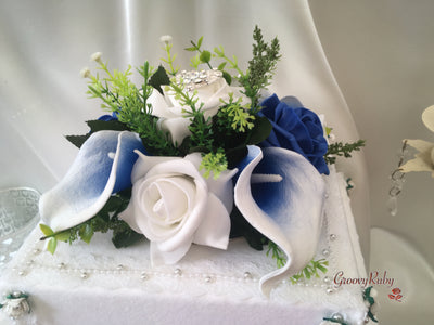 White & Blue Calla Lilies With Roses & Heart Brooch Cake Topper