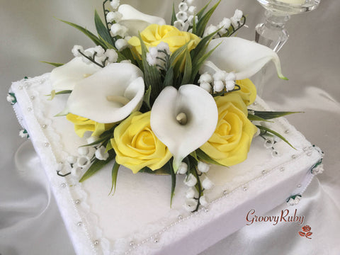 lily of the valley wedding cake toppers lemon large calla amp of the valley cake 16888